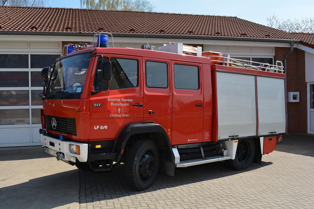 Löschgruppenfahrzeug 10 (LF 10) des Löschzug Velpe, ehem. LF 8/6