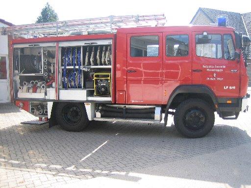 rechte Seite des Löschgruppenfahrzeug 10 (LF 10) des Löschzugs Velpe, ehem. LF 8/6