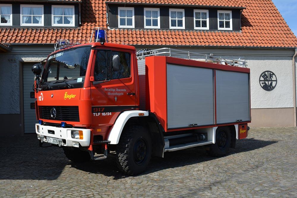Tanklöschfahrzeug 2000 (TLF 2000) der Feuerwehr Westerkappeln, LZ Wkp, ehm. TLF 16/24 Tr