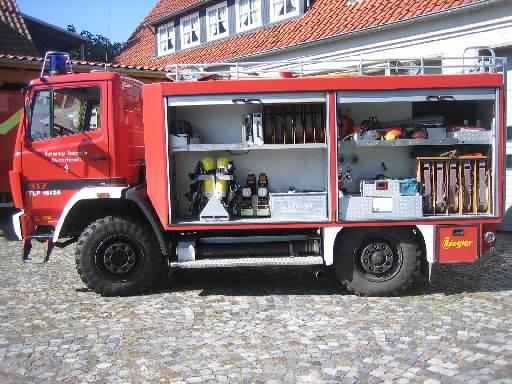linke Seite des TLF 2000, ehem. TLF 16/24 Tr., der Feuerwehr Westerkappeln
